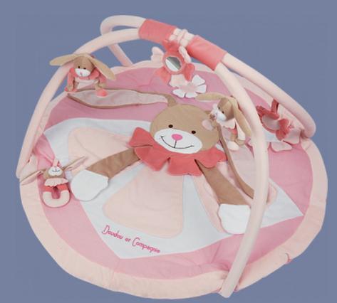 les bebes du bonheur tapis d 39 veil lapin rose doudou et compagnie. Black Bedroom Furniture Sets. Home Design Ideas